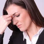 めまい原因やふわふわ症状はなに?男性・女性別の理由を解説します。